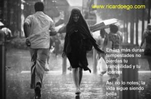 una-sonrisa-bajo-la-lluvia-300x198